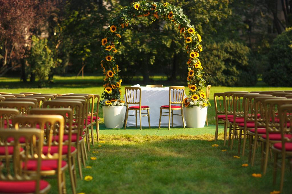 Herbsthochzeit So Kann Eure Hochzeit Im Oktober Aussehen Carinas
