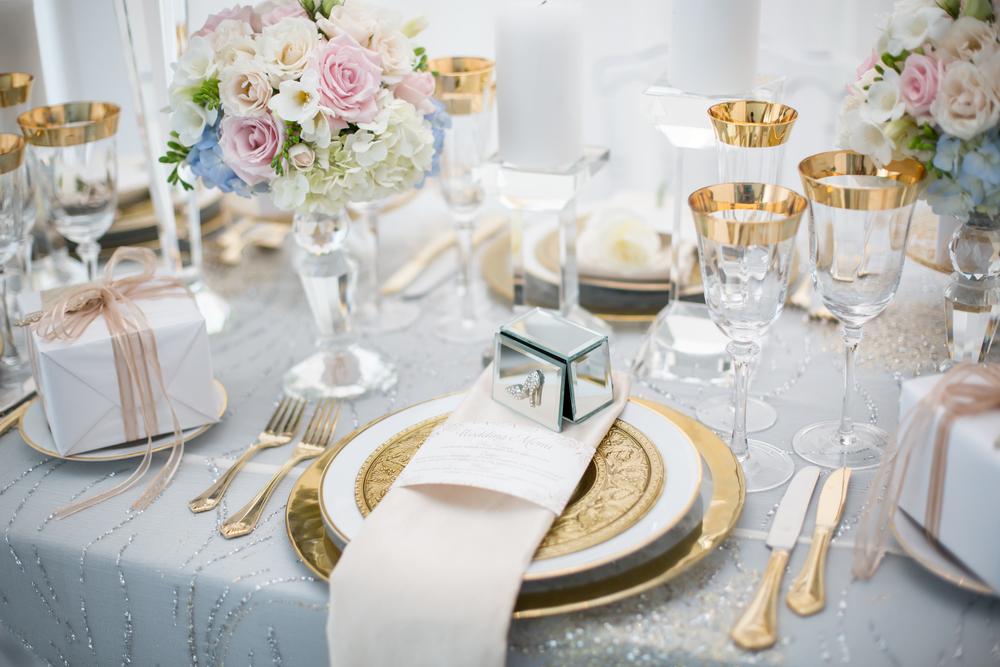 Hochzeitsdekoration Gold Weiss Carinas Hochzeitsplanung