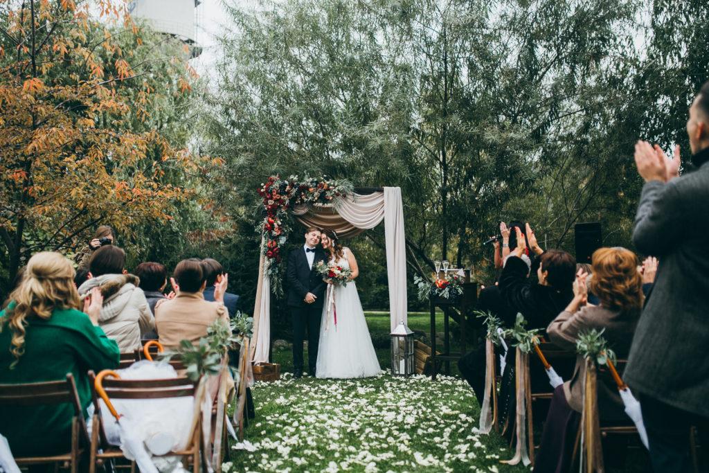 Hochzeitstermin festlegen Waldhochzeit Hochzeitsstil Vintage