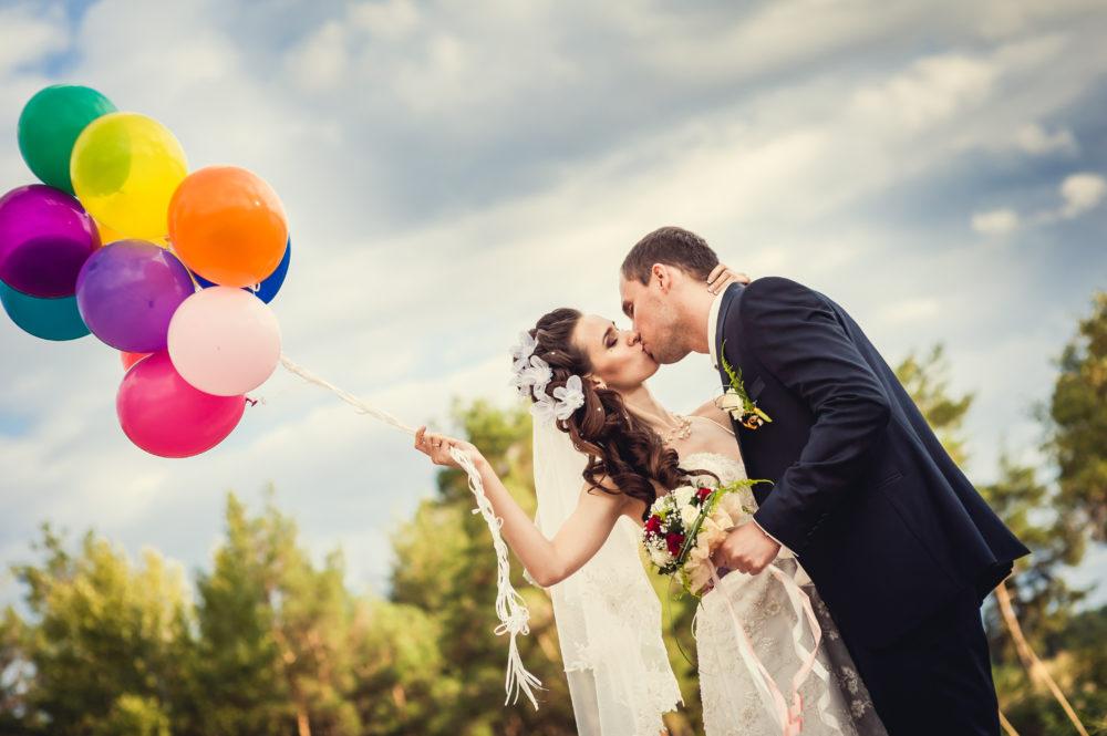 Brautpaarshooting Hochzeitsluftballons