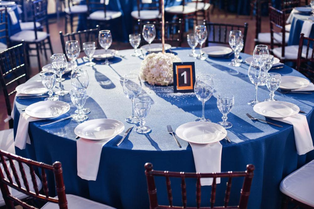 Tischnamen für die Hochzeit Tischdekoration