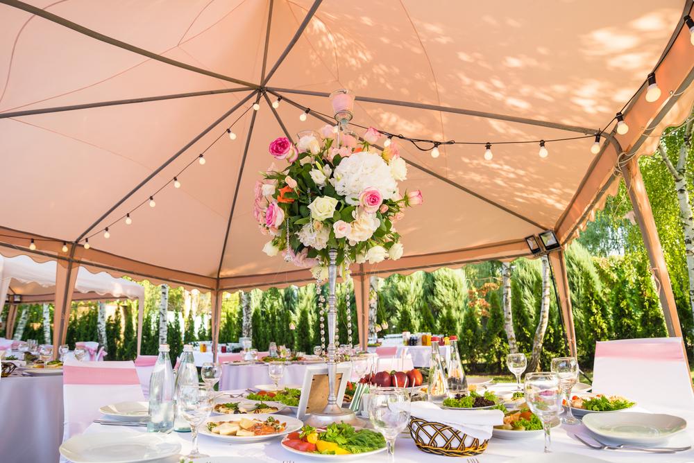 Hochzeit im Zelt Dekoration Carinas Hochzeitsplanung